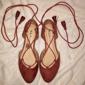 NWOB Chinese Laundry Mauve Pointed Lace Up Flats